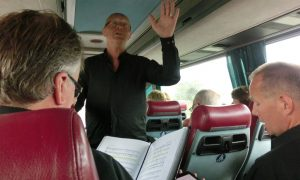 Bussøvelse på vei til Fossanova