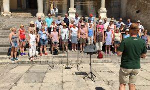 Lydprøve på piazzaen i Terracina